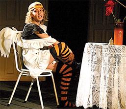 Театр из Скопина Передел, спектакль Интимный дневник отличницы — о том, как сложно взрослеть