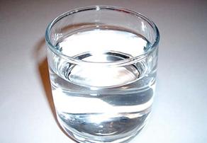 Чтобы в обнинской воде не было заразы, ее обрабатывают гипохлоридом натрия и ежечасно контролируют уровень соединений хлора