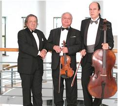 Московское трио — (слева направо) — Александр  Бондурянский, Владимир Иванов, Михаил Уткин