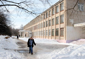 Там, где был лагерь заключенных, теперь — школа №5