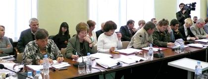 Большинство депутатов ГС отказались ввести в состав ГНТС главного инновационщика города