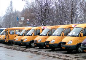 Из 350 водителей маршруток 110 не имеют российских прав